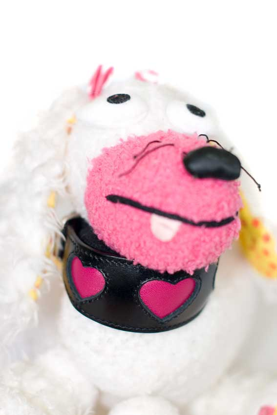 Pink fuchsia hearts sighthound collar in XS modelled by our in house model Zahpinoula The Poodle