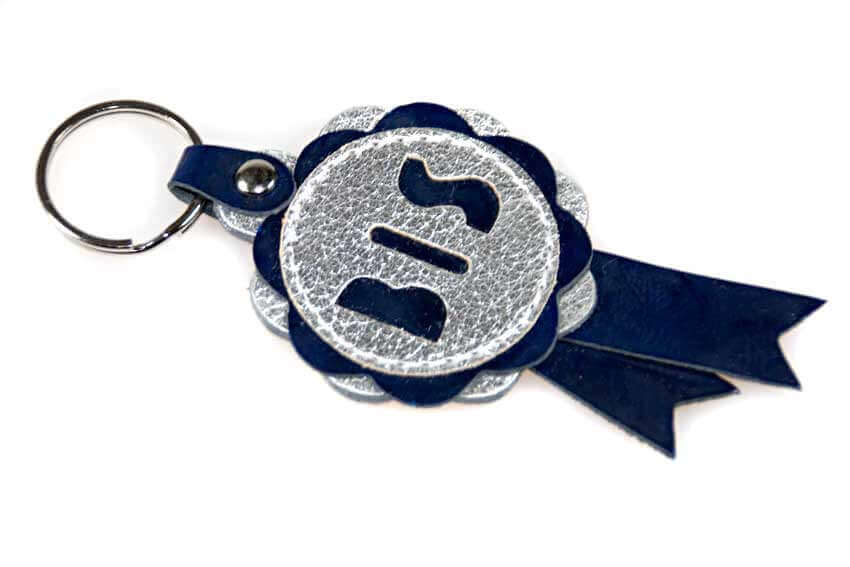 est in Show rosette key ring in blue