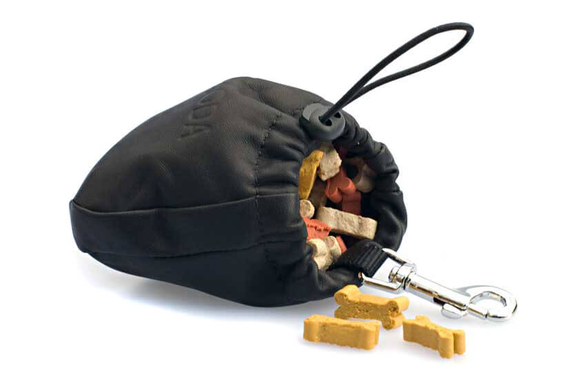 Toggled drawstring closes to keep bait in its place