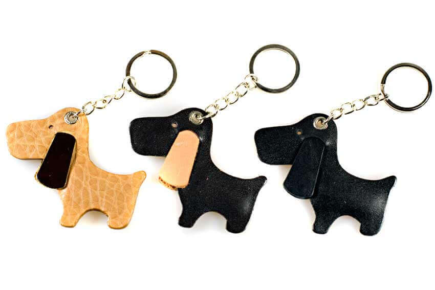 Dog Moda leather key rings come in assorted colours