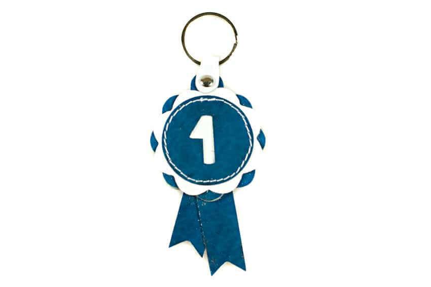 Wnner show rosette key rings in blue