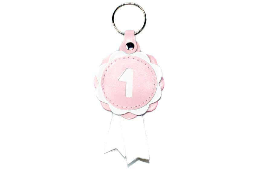 Winner show rosette key ring in baby pink