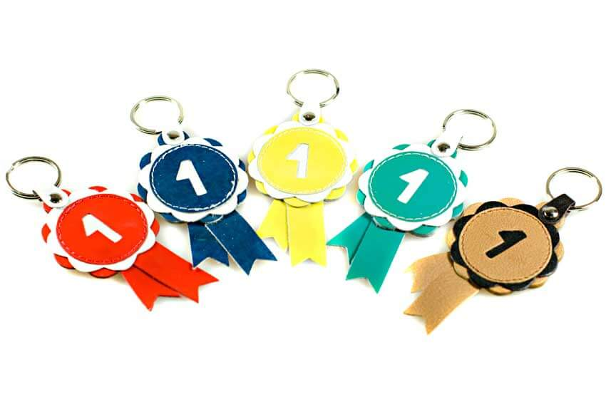 Rosette key rings are available in a wide range of colours and stylesl