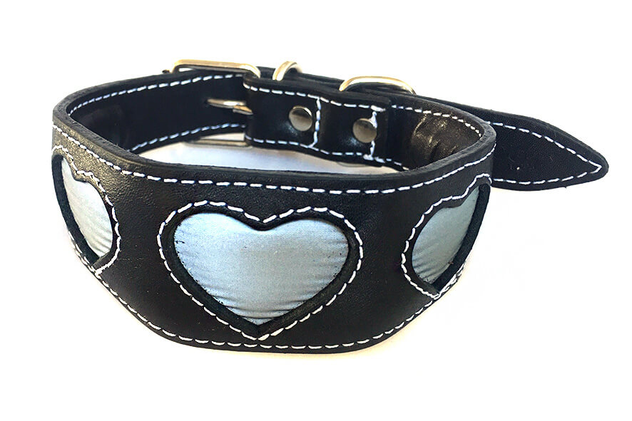 Silver reflective hearts hound collar