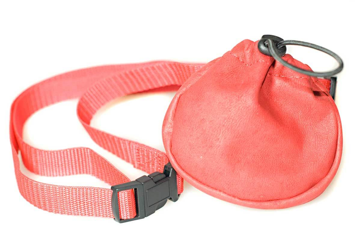 Dog training and dog show red leather bait bag with adjustable belt