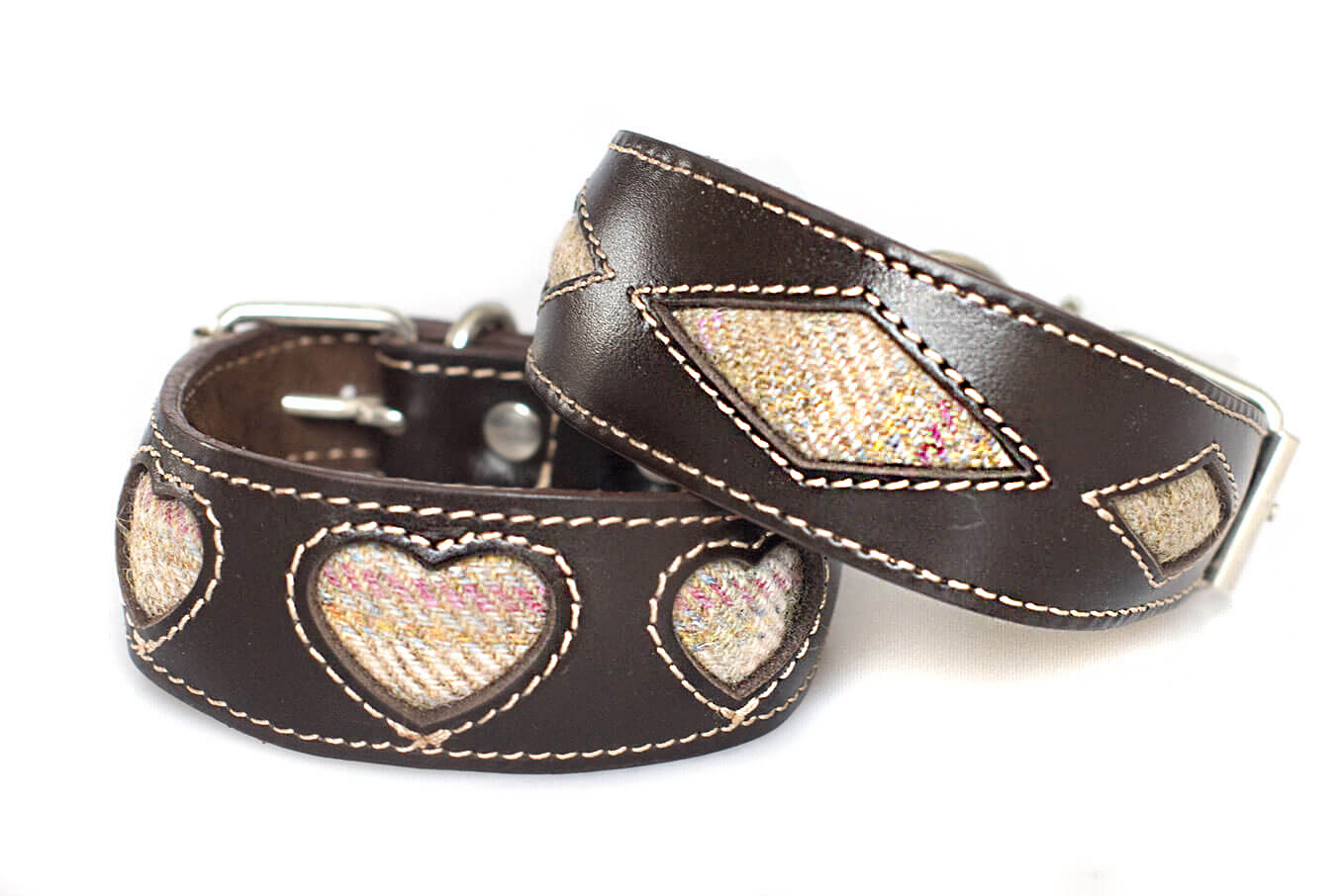 Our tweed leather hound collars are available hearts and rhombi shapes