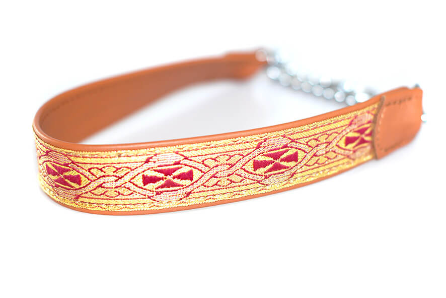 Wide tan and gold martingale collar