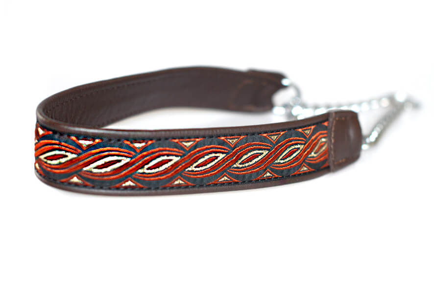 Wide brown martingale collar