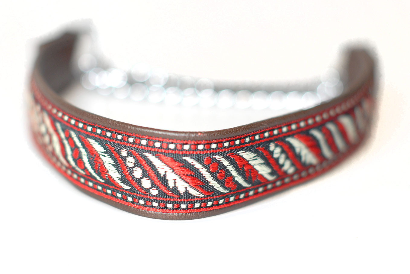 Brown martingale leather ribbon collar