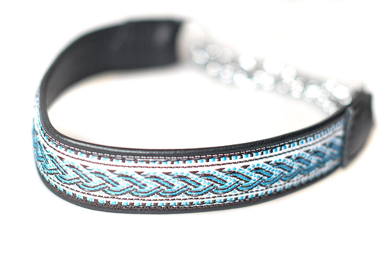 Black martingale leather ribbon collar