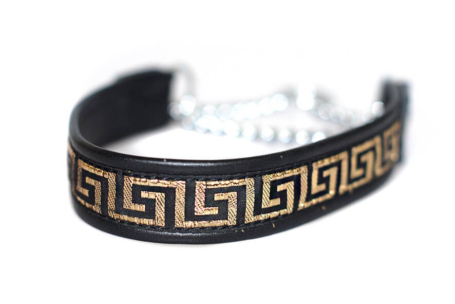 Wider 2.5cm ribbon martingale collar in black and gold
