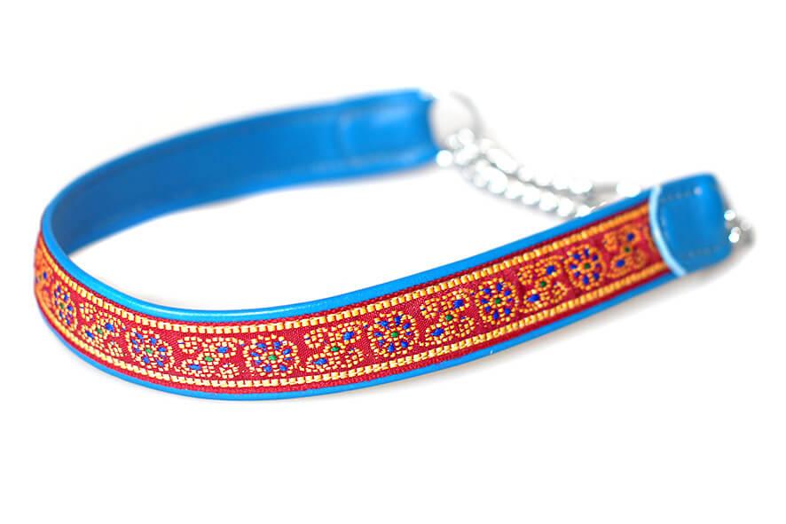 Narrow width blue martingale collar