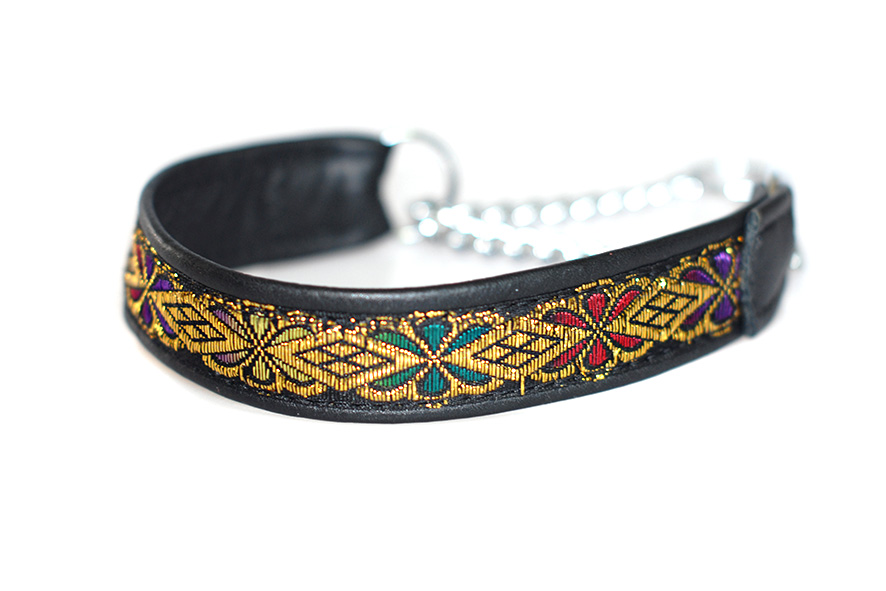 Black martingale collar - wide