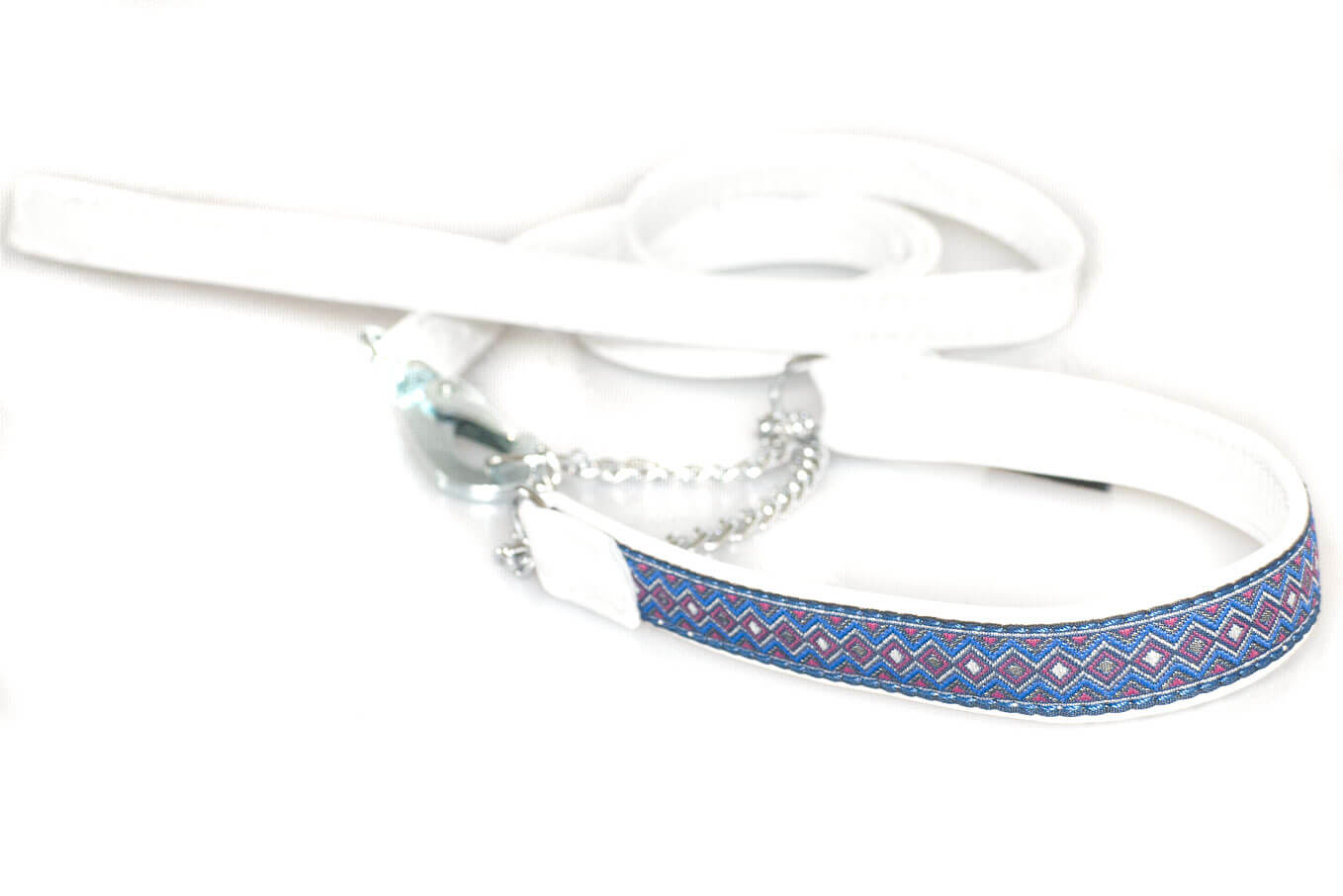 White nappa leather double stitched lead to match ribbon collars