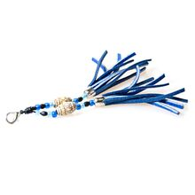 Choose a matching tassel to compliment your collar