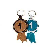 Winner show rosette key rings in beige and turquoise