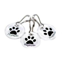 Small reflective dog paw dangler tag