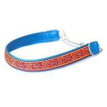 Narrow width blue martingale collar