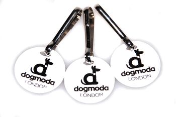 Small reflective dog paw danglers